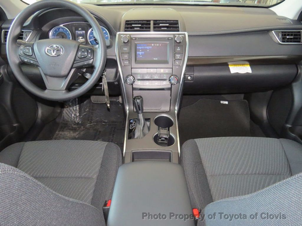 2017 Toyota Camry LE Automatic - 16483870 - 4