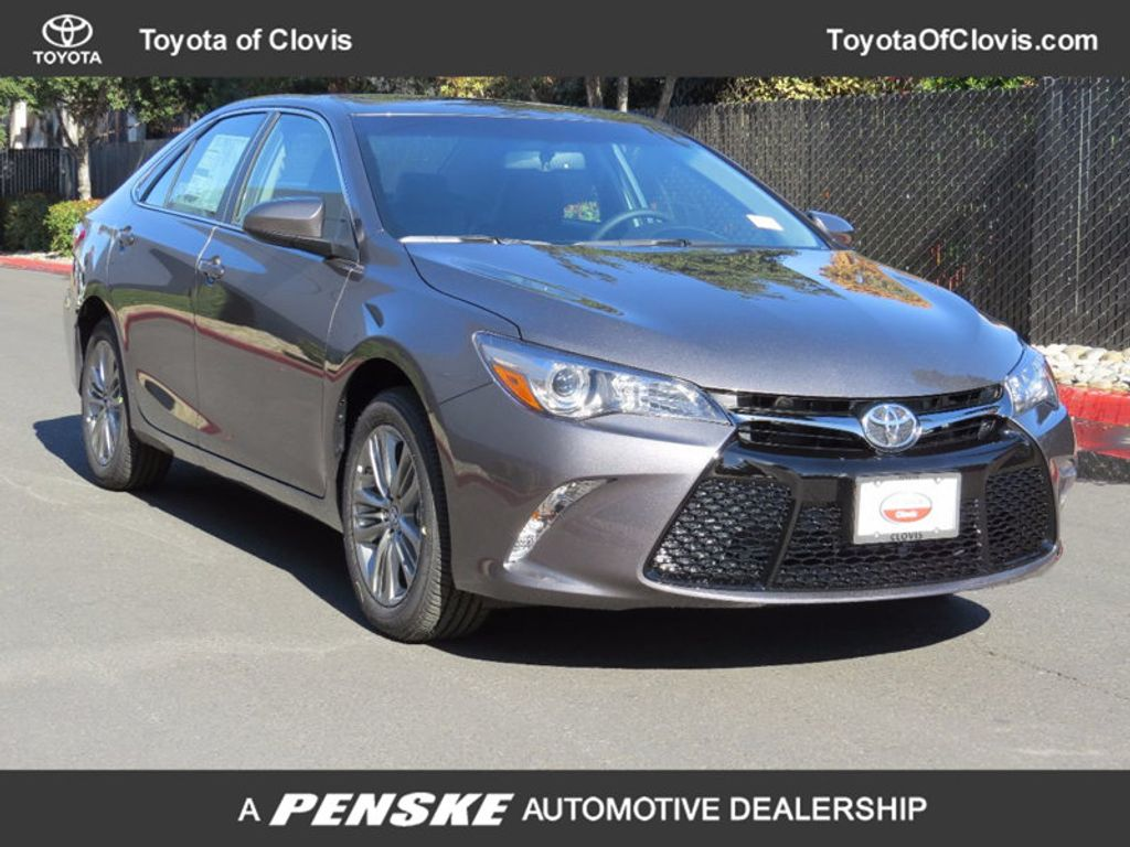 2017 Toyota Camry SE Automatic - 15761839 - 0