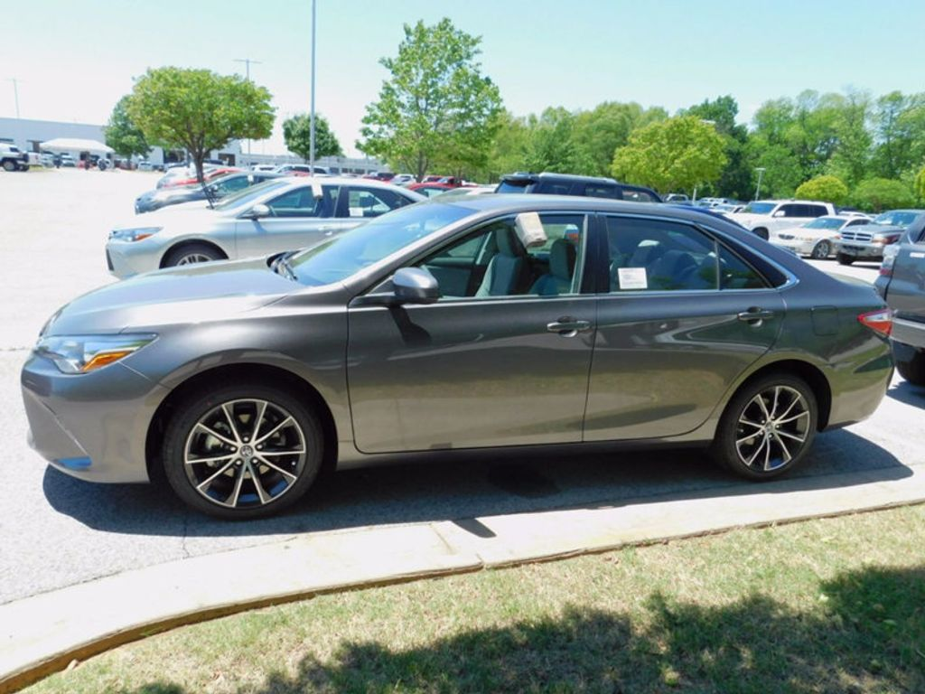 2017 Toyota Camry XSE Automatic - 16419374 - 1