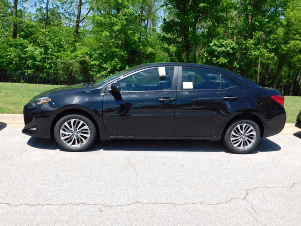 2017 Toyota Corolla 17 TOYOTA COROLLA 4DR SDN XLE CVT AT - 16345067 - 1