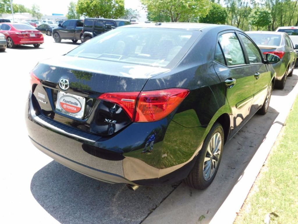 2017 Toyota Corolla 17 TOYOTA COROLLA 4DR SDN XLE CVT AT - 16345067 - 2
