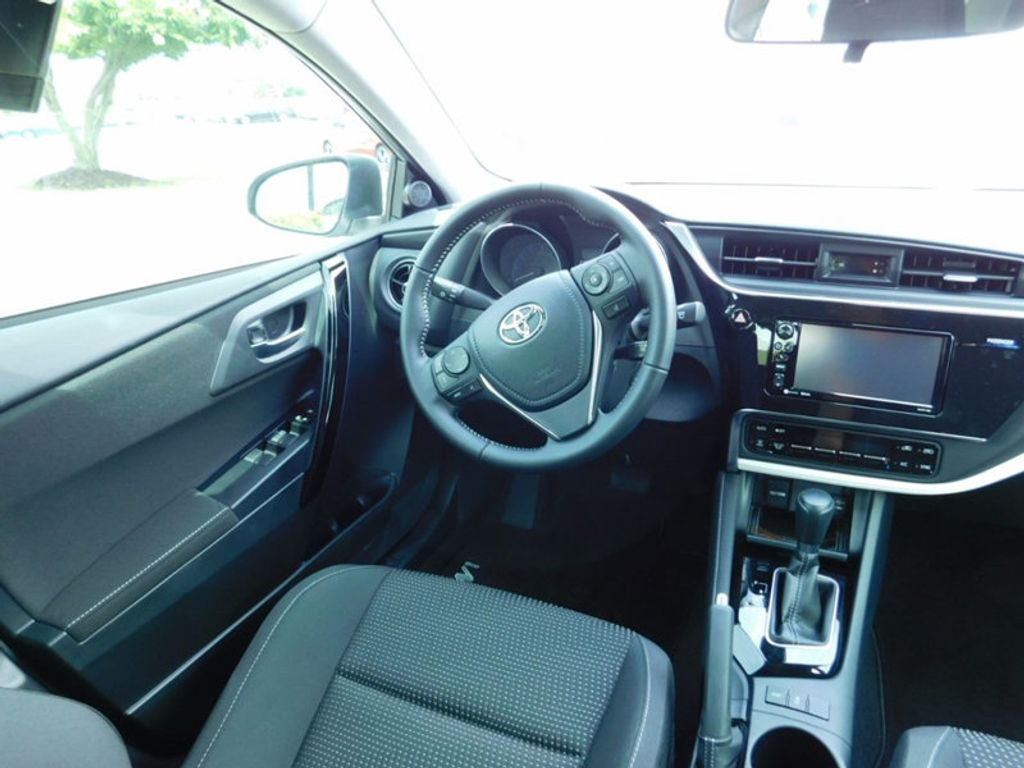 2017 Toyota Corolla iM CVT Automatic - 16473720 - 10