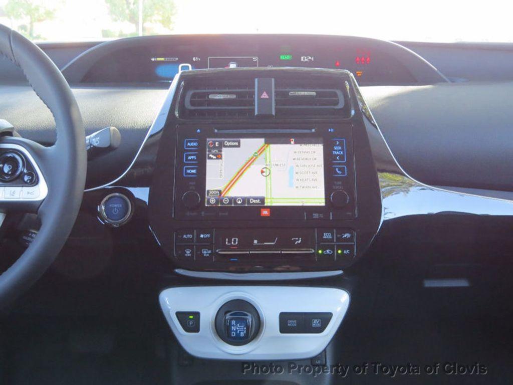 2017 Toyota Prius Four Touring - 16713088 - 10