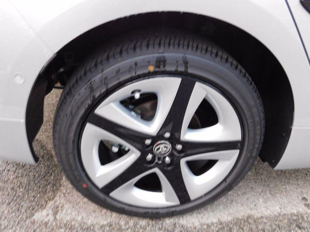 2017 Toyota Prius Three Touring - 16671964 - 7