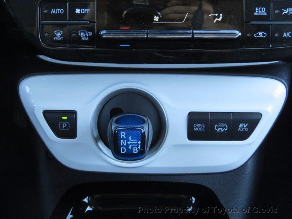 2017 Toyota Prius Prime Plus - 16869896 - 12