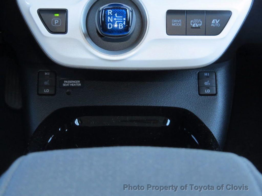 2017 Toyota Prius Prime Plus - 16869896 - 13
