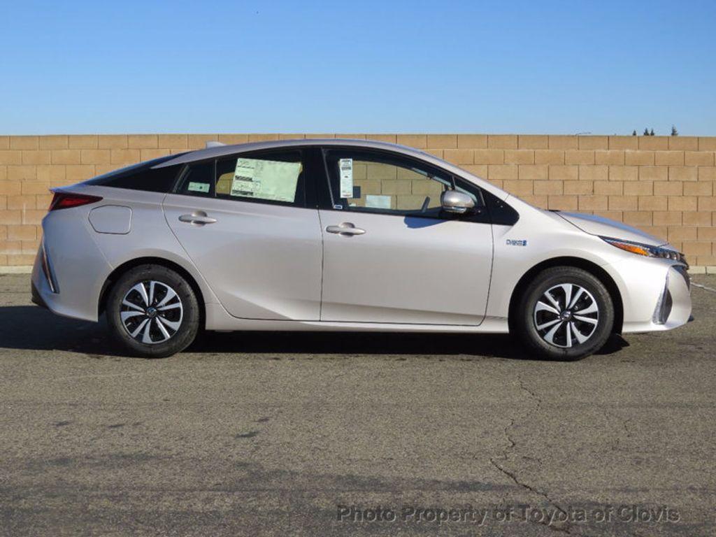 2017 Toyota Prius Prime Plus - 16869896 - 1