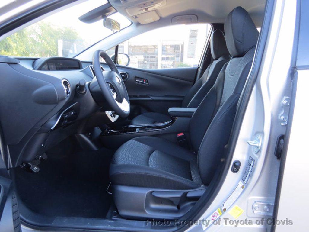 2017 Toyota Prius Prime Plus - 16869896 - 3