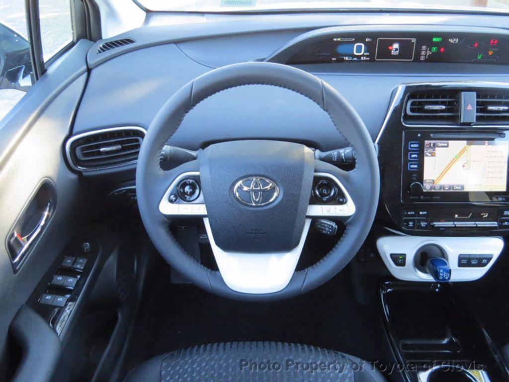 2017 Toyota Prius Prime Plus - 16869896 - 5