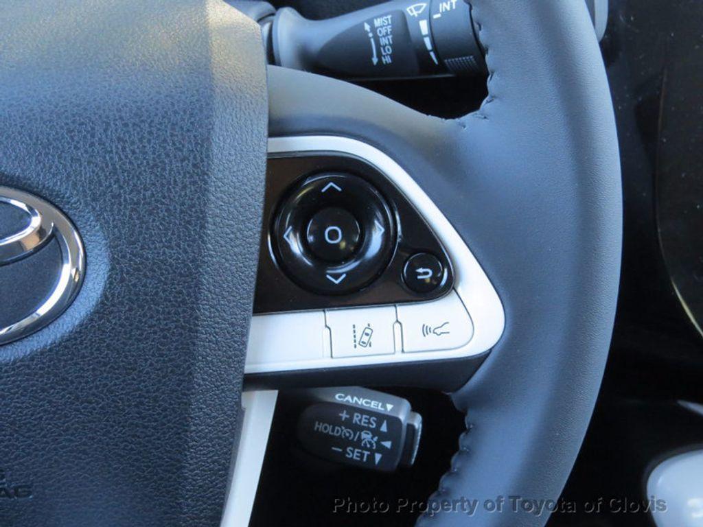 2017 Toyota Prius Prime Plus - 16869896 - 6