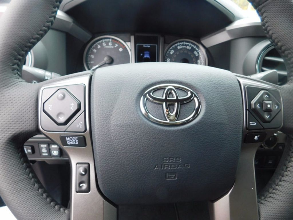2017 Toyota Tacoma Limited Double Cab 5' Bed V6 4x4 Automatic - 17007990 - 17