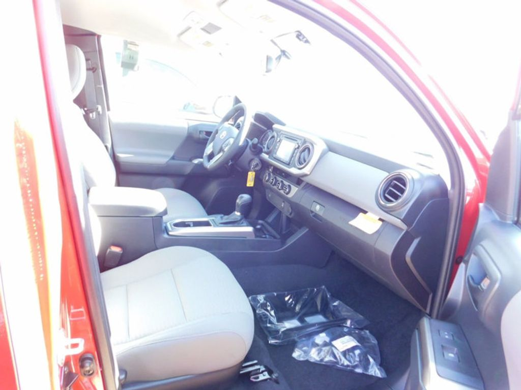 2017 Toyota Tacoma SR5 Access Cab 6' Bed V6 4x4 Automatic - 17007994 - 9