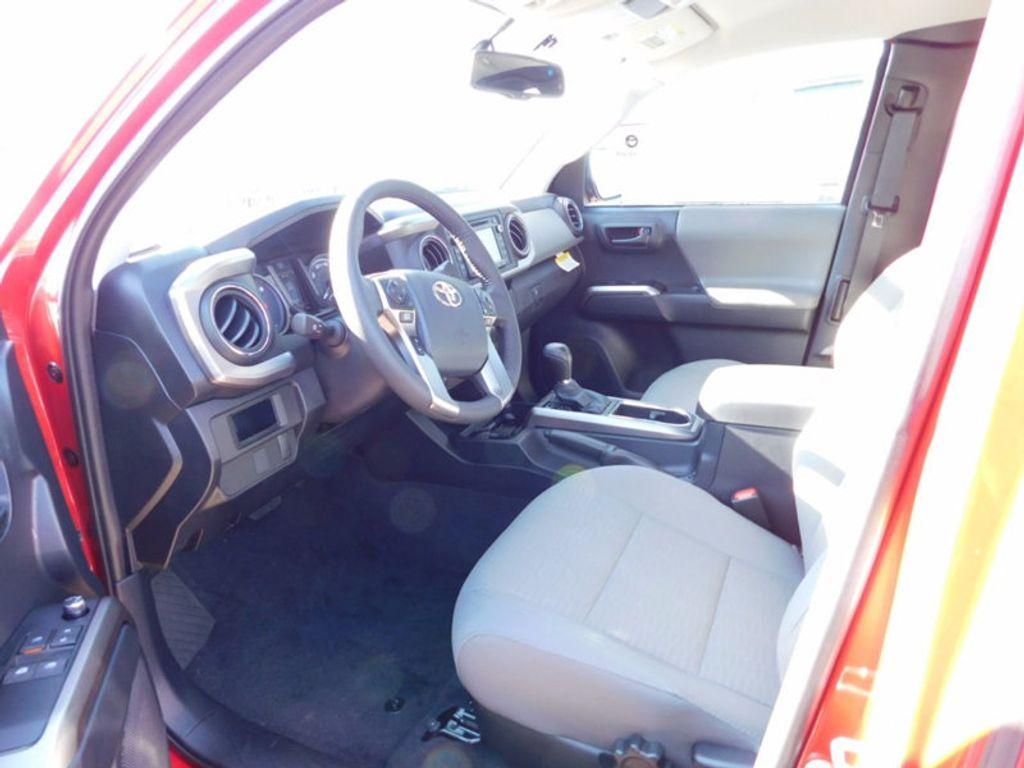 2017 Toyota Tacoma SR5 Access Cab 6' Bed V6 4x4 Automatic - 17007994 - 12