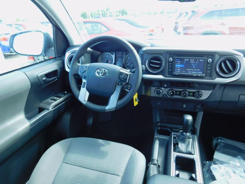2017 Toyota Tacoma SR5 Double Cab 5' Bed V6 4x4 Automatic - 16516415 - 12