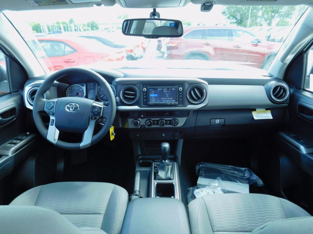 2017 Toyota Tacoma SR5 Double Cab 5' Bed V6 4x4 Automatic - 16516415 - 14