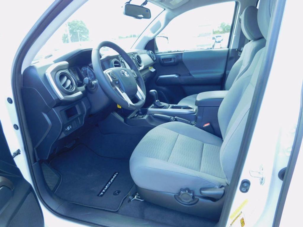 2017 Toyota Tacoma SR5 Double Cab 5' Bed V6 4x4 Automatic - 16516415 - 15