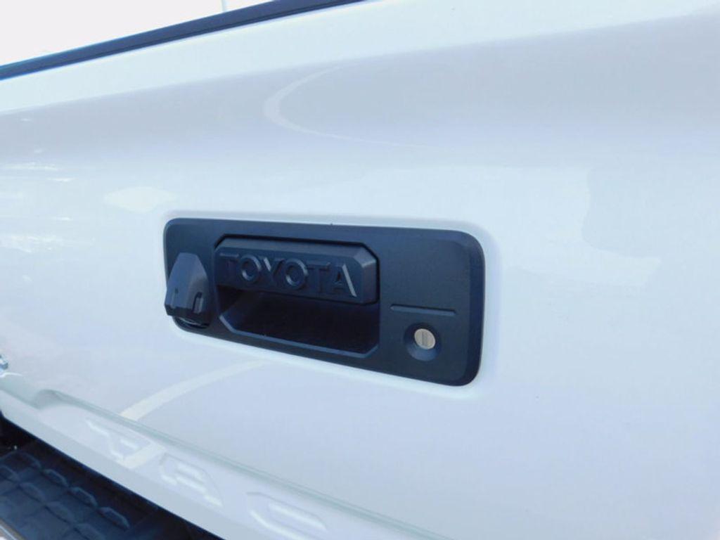 2017 Toyota Tacoma SR5 Double Cab 5' Bed V6 4x4 Automatic - 16516415 - 3