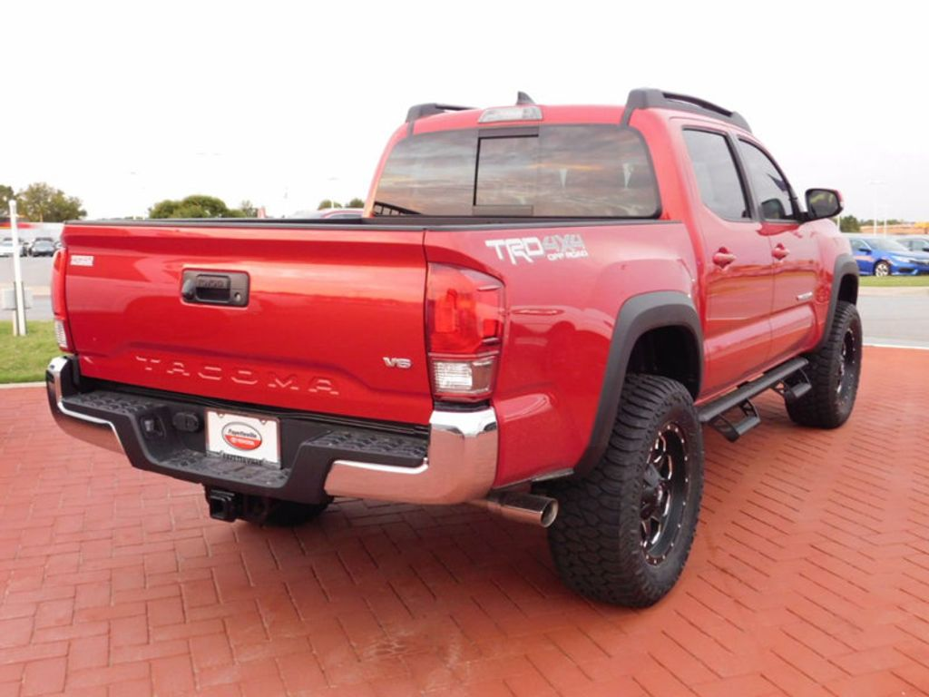 2017 Toyota Tacoma TRD Off Road Double Cab 5' Bed V6 4x4 Automatic - 16516414 - 2