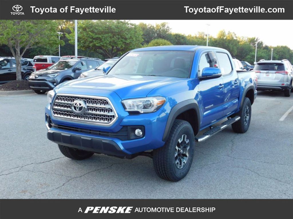 2017 Toyota Tacoma TRD Off Road Double Cab 5' Bed V6 4x4 Automatic - 16618326 - 0