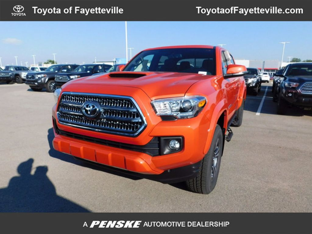 Dealer Video - 2017 Toyota Tacoma TRD Sport Double Cab 5' Bed V6 4x4 Automatic - 16766131