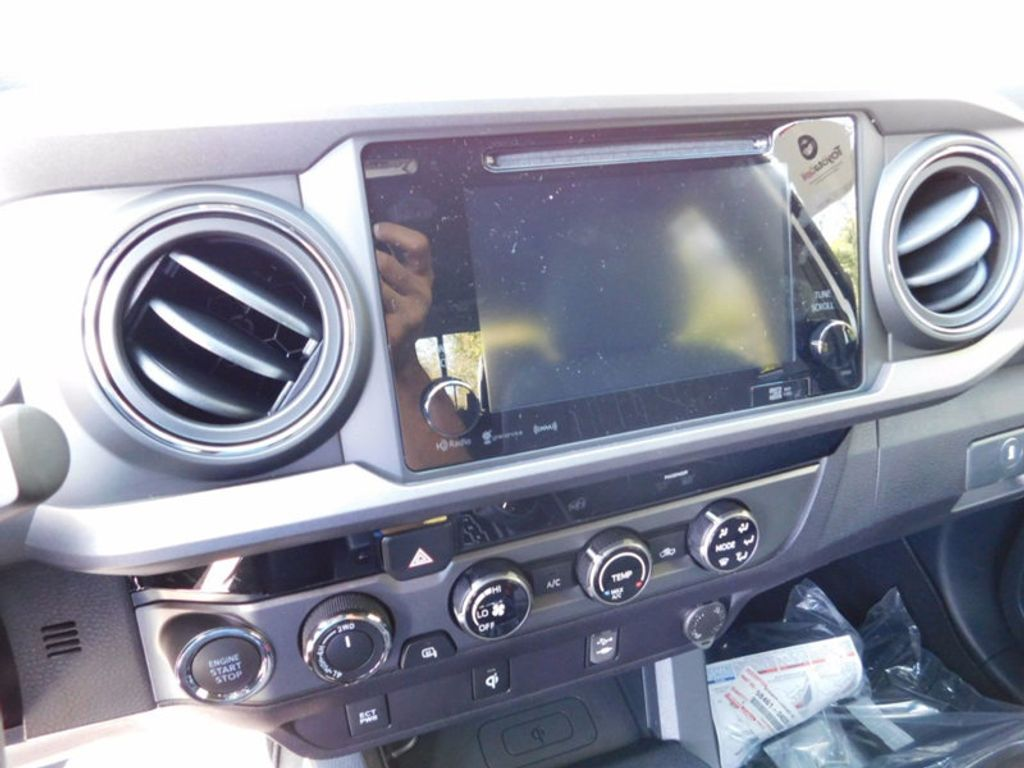 2017 Toyota Tacoma TRD Sport Double Cab 5' Bed V6 4x4 Automatic - 16954212 - 17