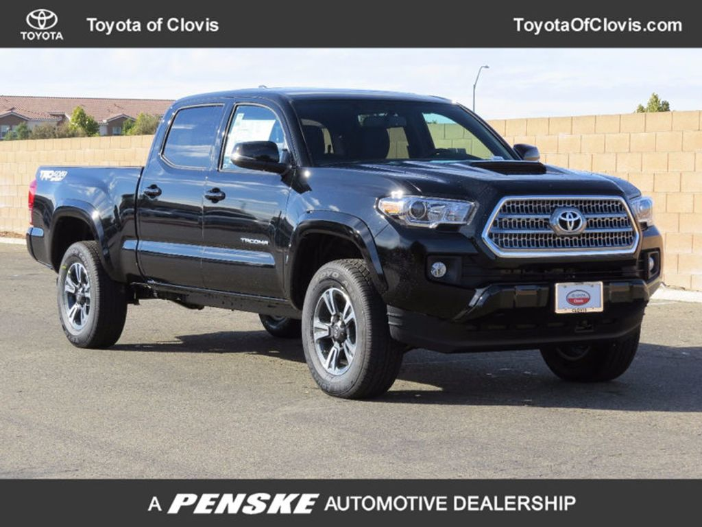 2017 Toyota Tacoma TRD Sport Double Cab 6' Bed V6 4x4 Automatic - 16922880 - 0