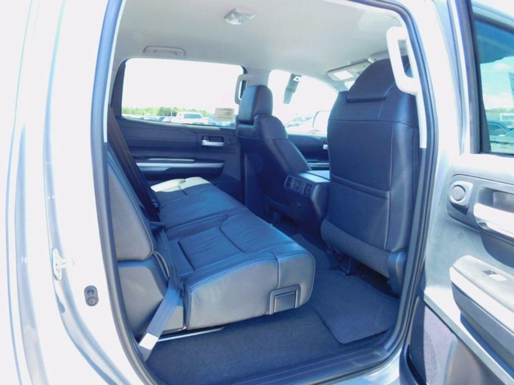 2017 Toyota Tundra 4WD Limited CrewMax 5.5' Bed 5.7L FFV - 16359657 - 9