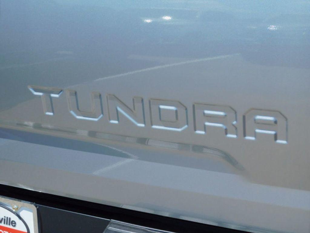 2017 Toyota Tundra 4WD Limited CrewMax 5.5' Bed 5.7L FFV - 16359657 - 4