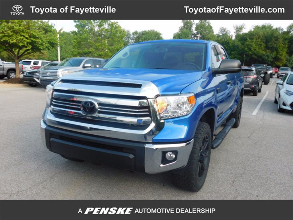 2017 Toyota Tundra 4WD SR5 Double Cab 6.5' Bed 5.7L FFV - 16712916 - 0