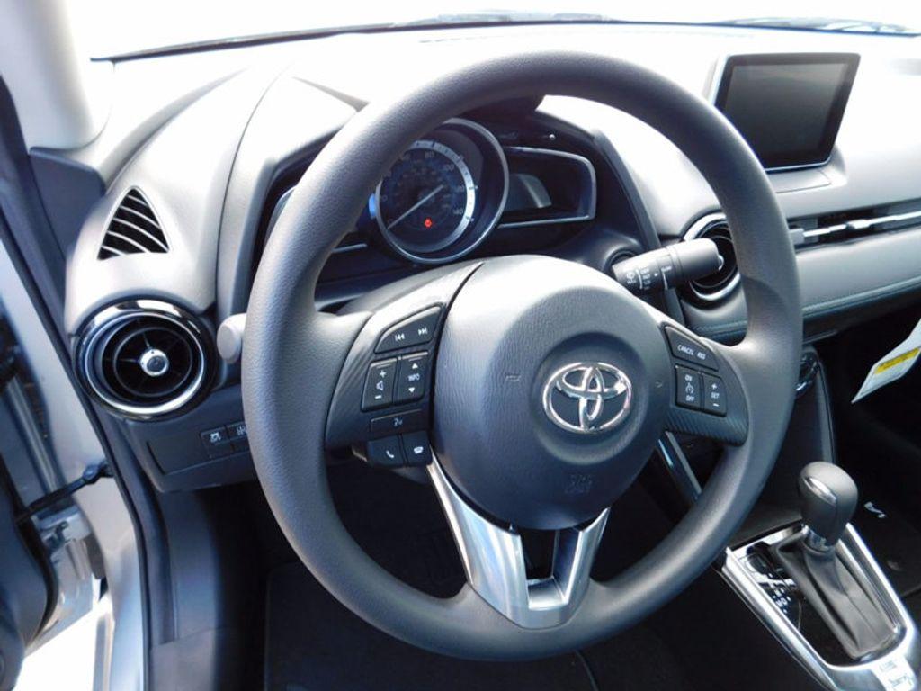 2017 Toyota Yaris iA Automatic - 16849929 - 11