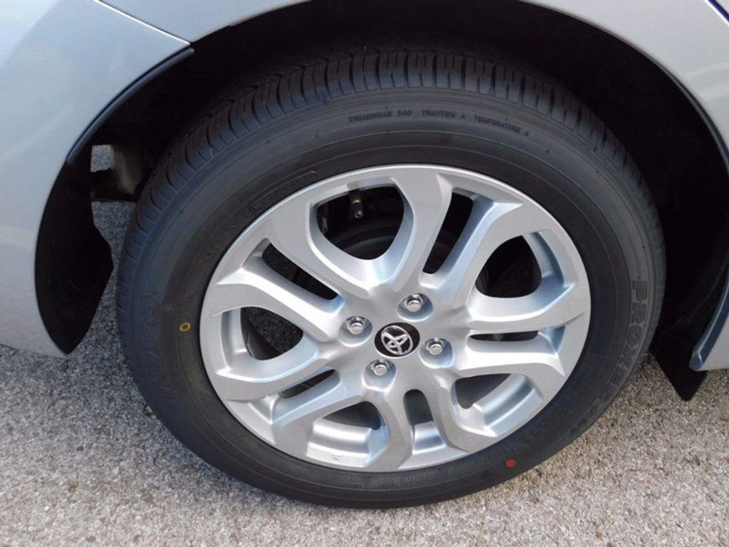 2017 Toyota Yaris iA Automatic - 16849929 - 3