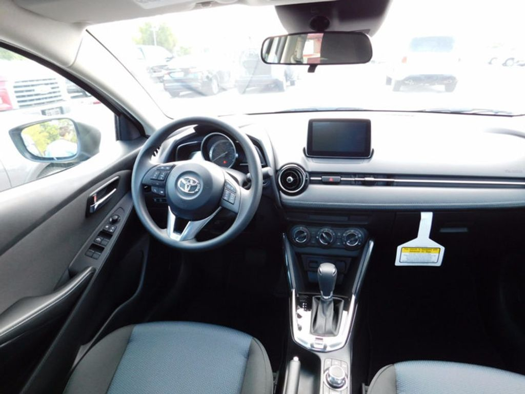 2017 Toyota Yaris iA Automatic - 16849929 - 6