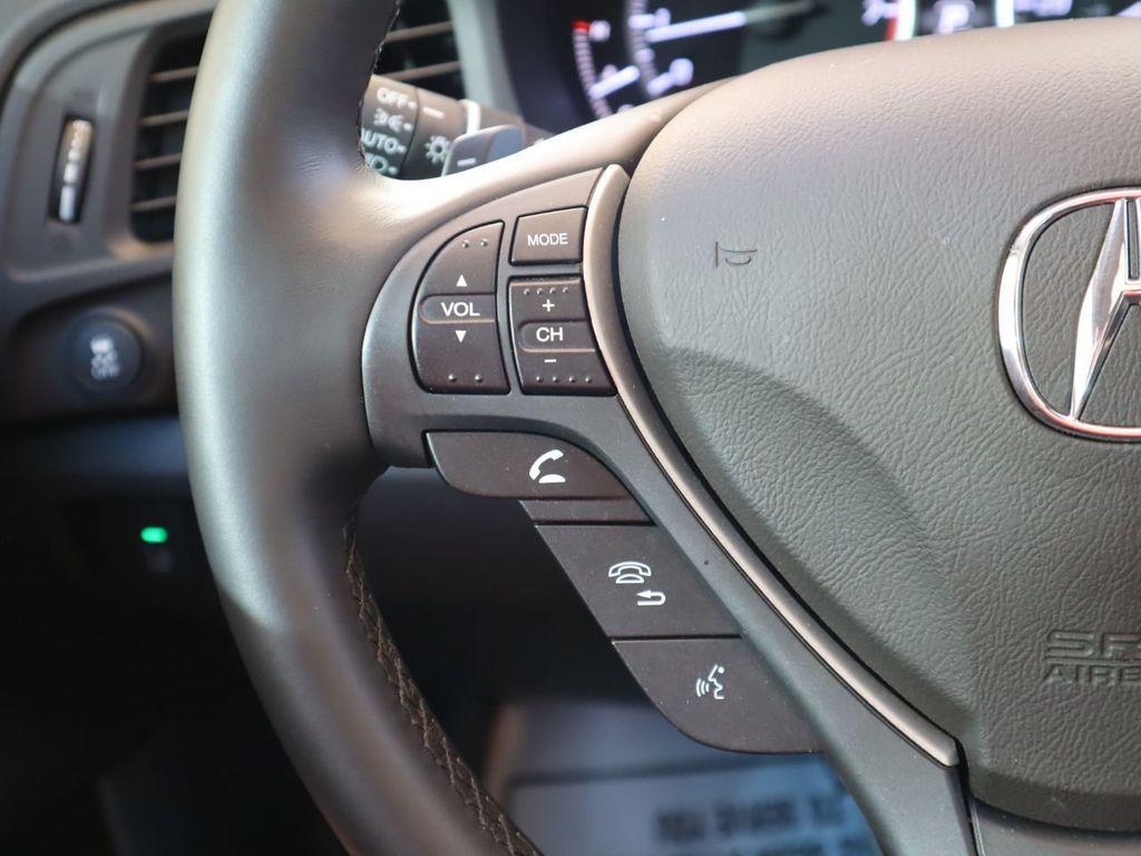 2018 Acura ILX Sedan w/Technology Plus Pkg - 18198501 - 10
