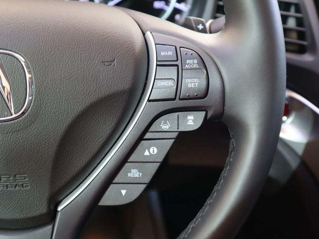 2018 Acura ILX Sedan w/Technology Plus Pkg - 18198501 - 11