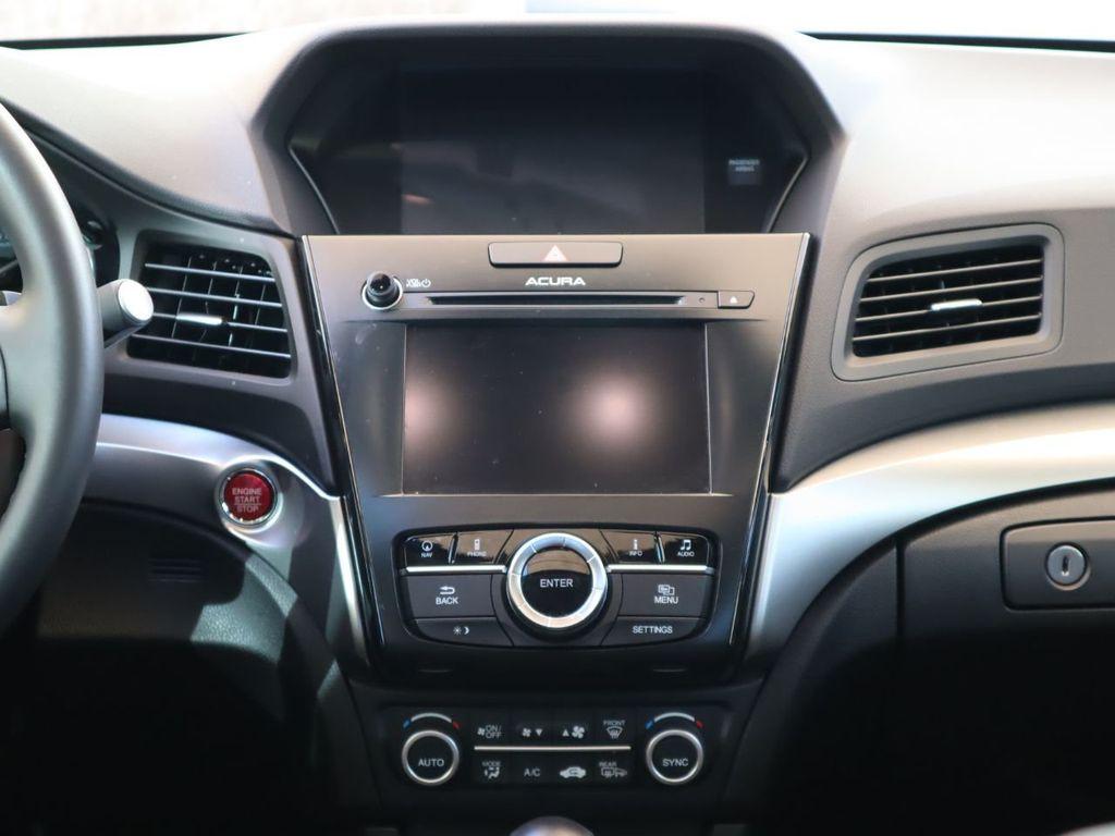 2018 Acura ILX Sedan w/Technology Plus Pkg - 18198501 - 13