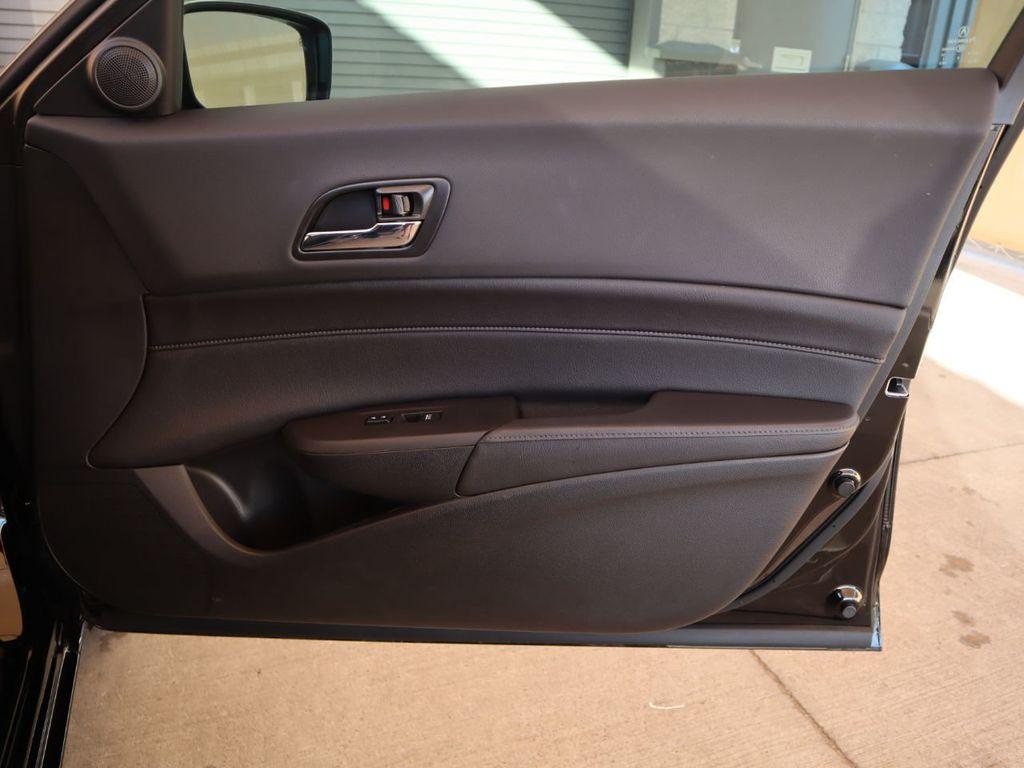 2018 Acura ILX Sedan w/Technology Plus Pkg - 18198501 - 25