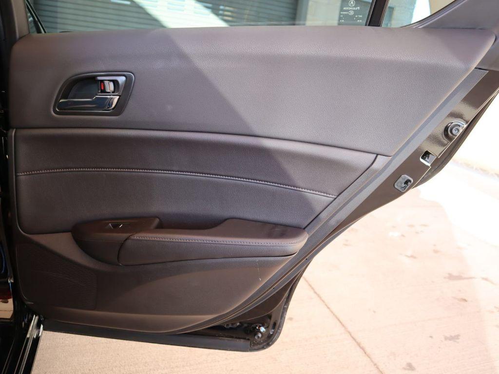2018 Acura ILX Sedan w/Technology Plus Pkg - 18198501 - 27