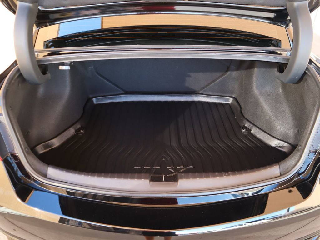 2018 Acura ILX Sedan w/Technology Plus Pkg - 18198501 - 28