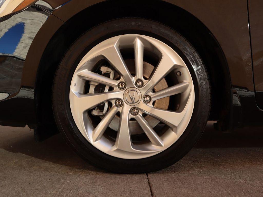2018 Acura ILX Sedan w/Technology Plus Pkg - 18198501 - 30