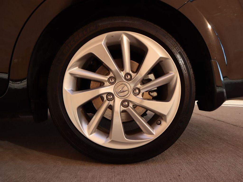 2018 Acura ILX Sedan w/Technology Plus Pkg - 18198501 - 31