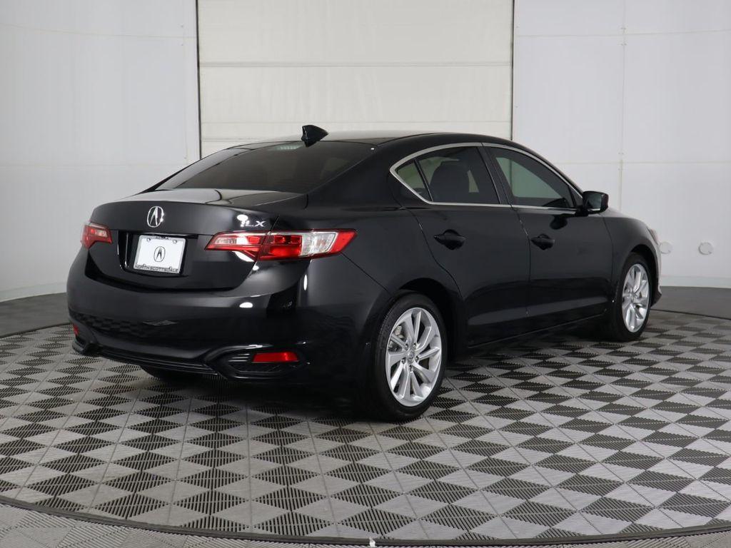 2018 Acura ILX Sedan w/Technology Plus Pkg - 18198501 - 4