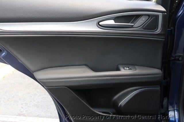 2018 Alfa Romeo Stelvio Sport AWD - 18643536 - 25