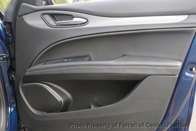 2018 Alfa Romeo Stelvio Sport AWD - 18643536 - 31