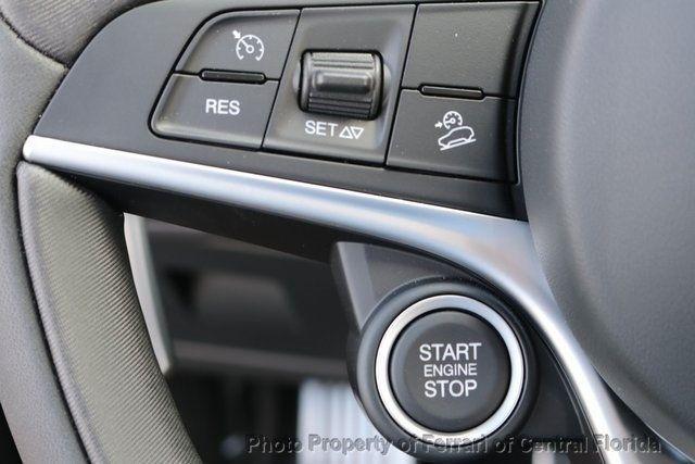 2018 Alfa Romeo Stelvio Sport AWD - 18643536 - 36