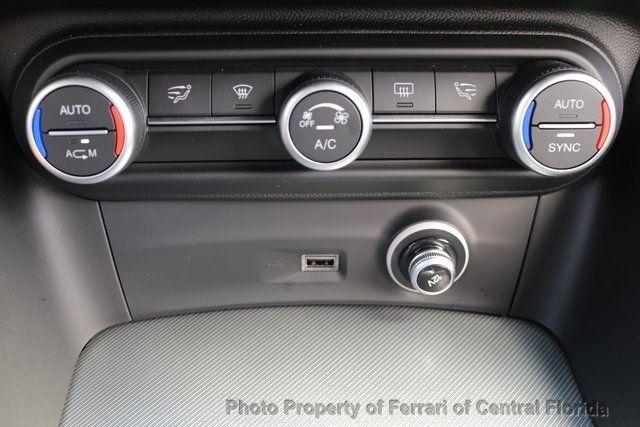 2018 Alfa Romeo Stelvio Sport AWD - 18643536 - 40