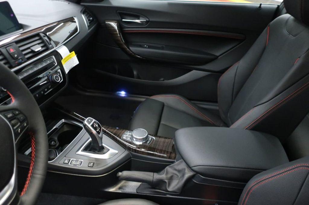 2018 BMW 2 Series 230i - 17142487 - 21