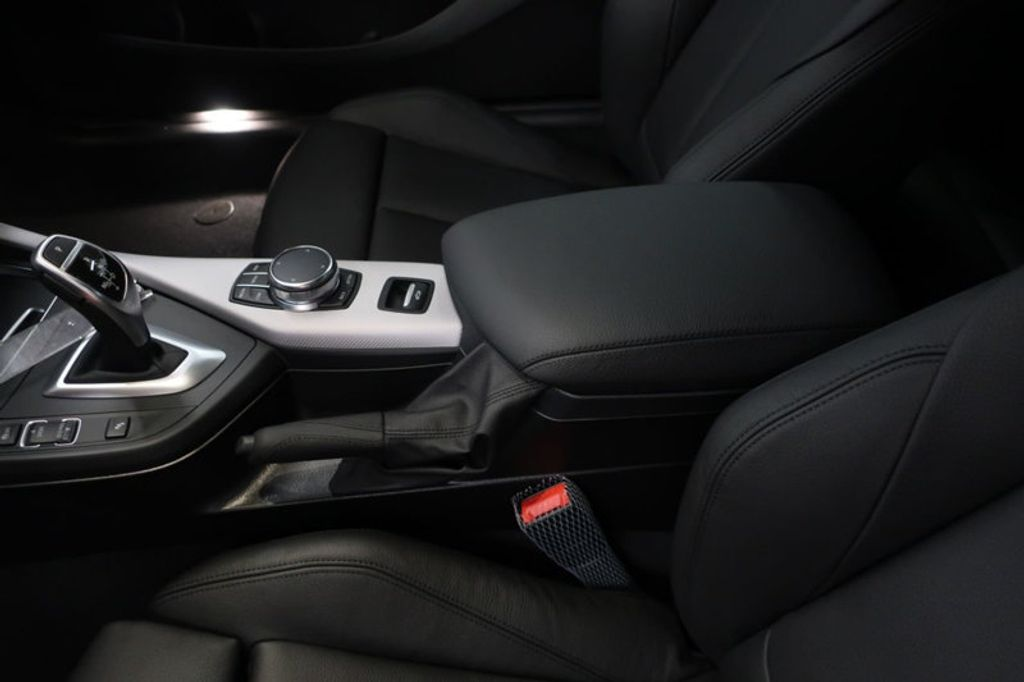 2018 BMW 2 Series M240i - 17282575 - 29