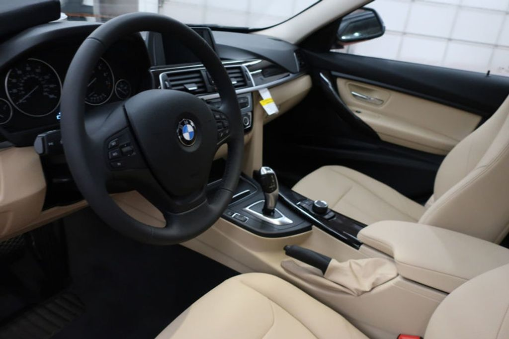2018 BMW 3 Series 320i - 16954636 - 12