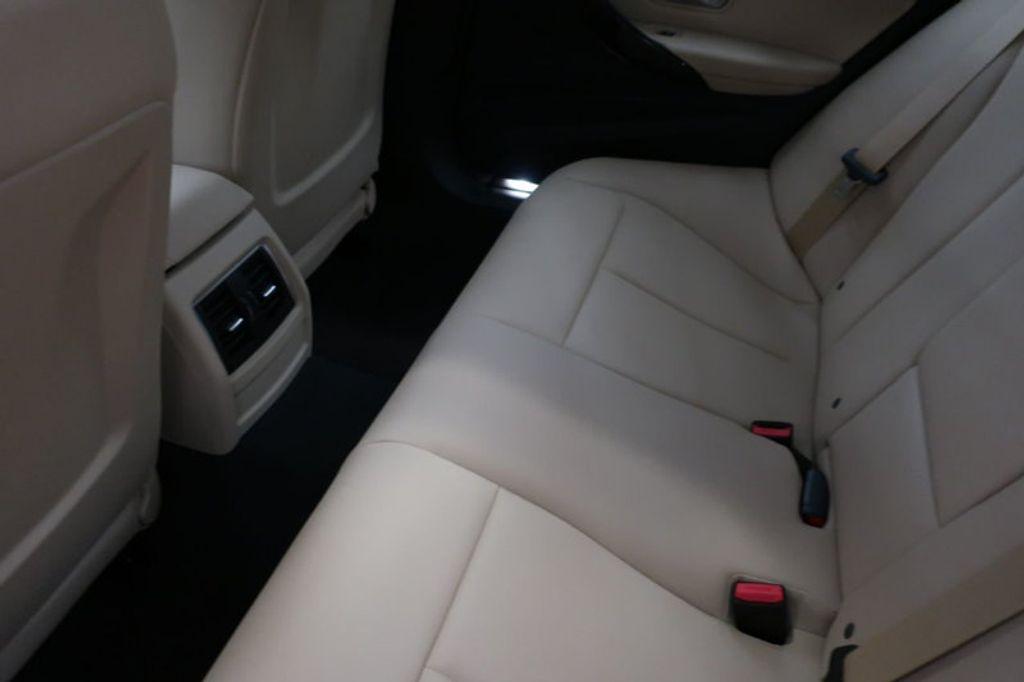 2018 BMW 3 Series 320i - 16954636 - 22