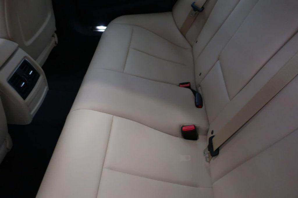 2018 BMW 3 Series 320i - 16954636 - 23